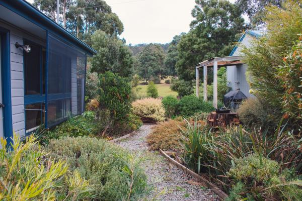 Inala Cottage - Inala Country Accommodation - Brad Moriarty / Pademelon Creative