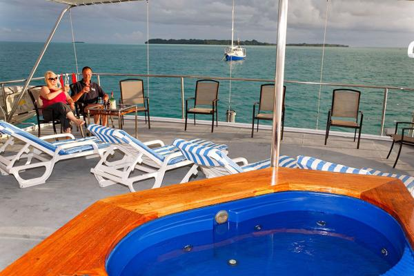 Sun Deck - Ocean Hunter 3 - Palau