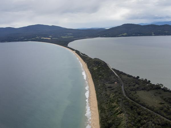 Inala Nature Tours - Ken & Mary Campbell - Bruny Island Neck